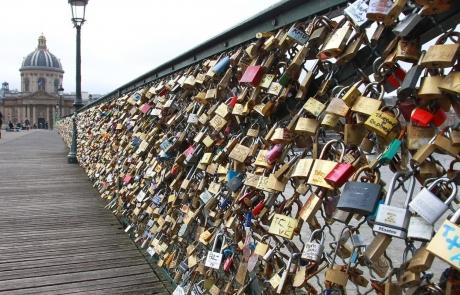 paris-lock-bridge